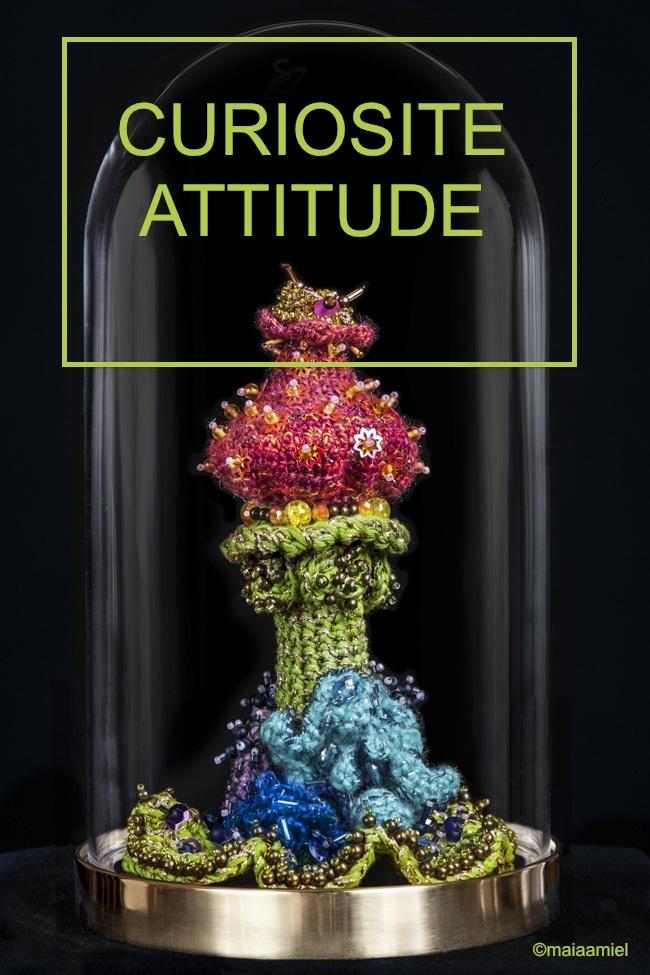 Art textile contemporain, objet de curiosité